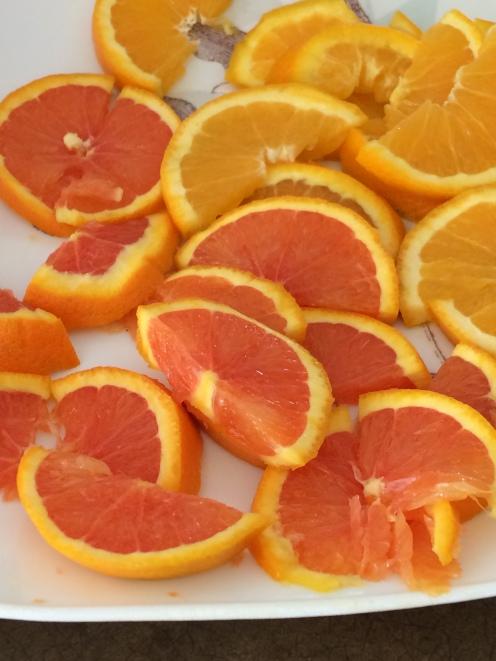 cara cara and navel oranges